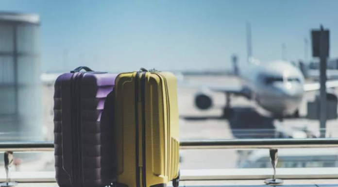 Tips-To-Choose-Suitcase-For-Business-Travellers